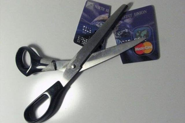 Как снять деньги с банкомата без карточки