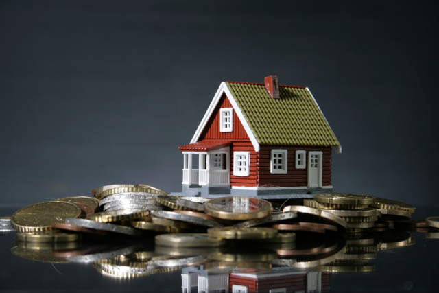 Кредит под залог дома с участком: преимущества залогового займа